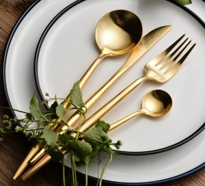 4 Pcs/set Pure Gold european Dinnerware
